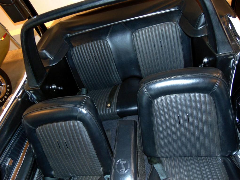 G.T. 500  Upholstery1