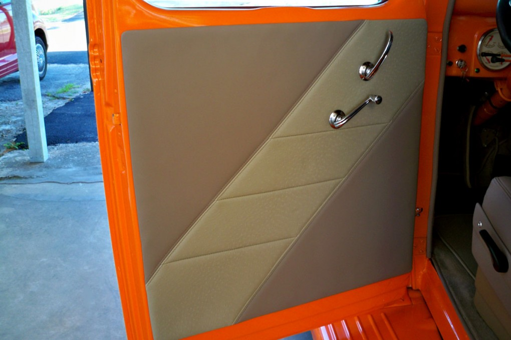 Orange Ford 003