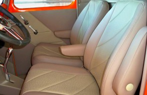 Orange Ford 002